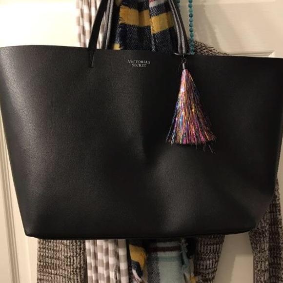 7de5e91af Victoria's Secret Bags | Large Black Victorias Secret Tote With ...
